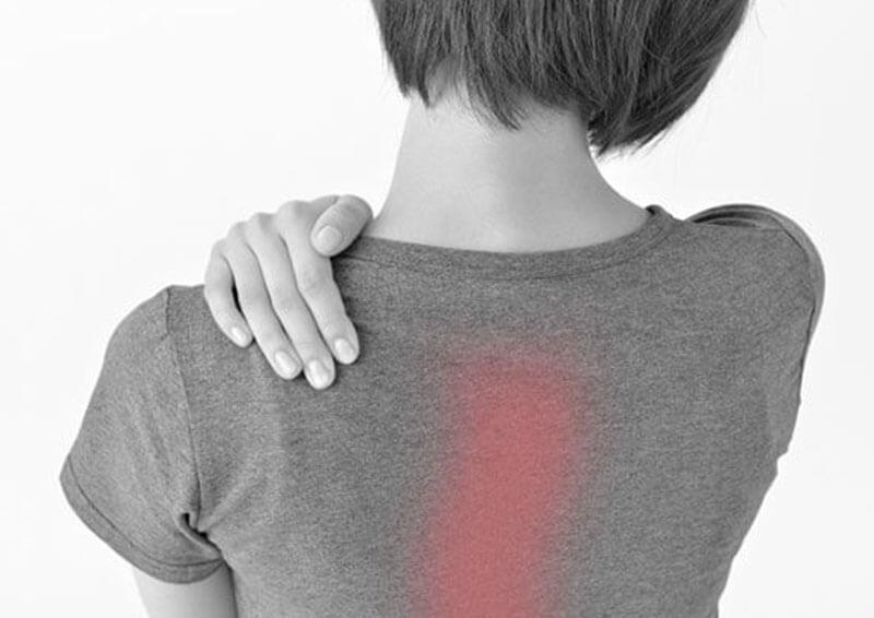 背骨が固い・背骨が歪んでいる・背中周辺の筋肉が固い