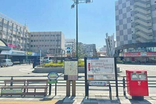 津久野駅前